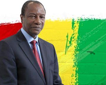 Presidente de Guinea despide y le cae a golpes a ex ministro corrupto