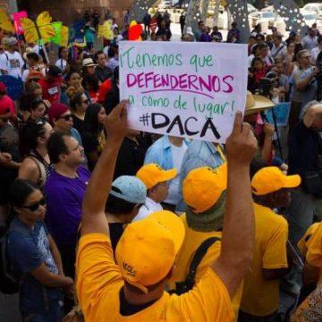 Reglas del Gobierno tienen «efecto devastador» en beneficiarios de DACA y TPS