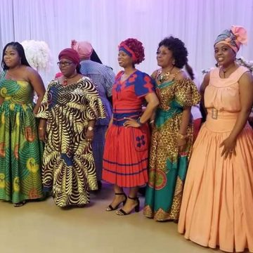 PREMIOS BARAUDA reconocimiento a la mujer garífuna por su servicio a la comunidad