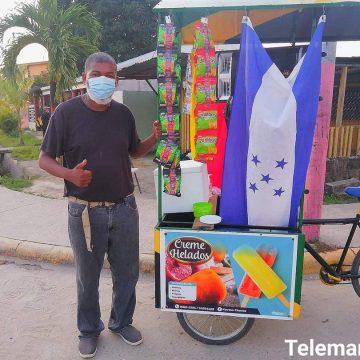 Kabeto se pasa al sector de los lácteos y crea 'Creme Helados' y él mismo los distribuye en Tela