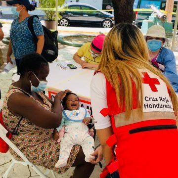 Cruz Roja organiza feria de salud para migrantes en Choluteca