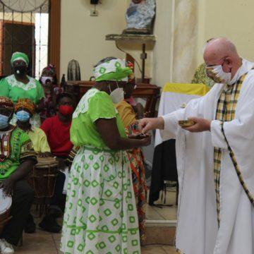 Misa garífuna en La Ceiba: Júbilo y fervor en honor a la Virgen de Suyapa