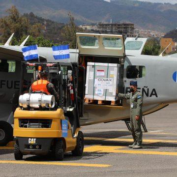 Arriban a Honduras las primeras 48,000 vacunas del mecanismo Covax