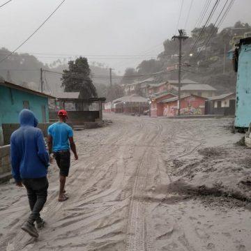 Preocupación internacional por San Vicente, ante erupción del  volcán 'La Soufrière'