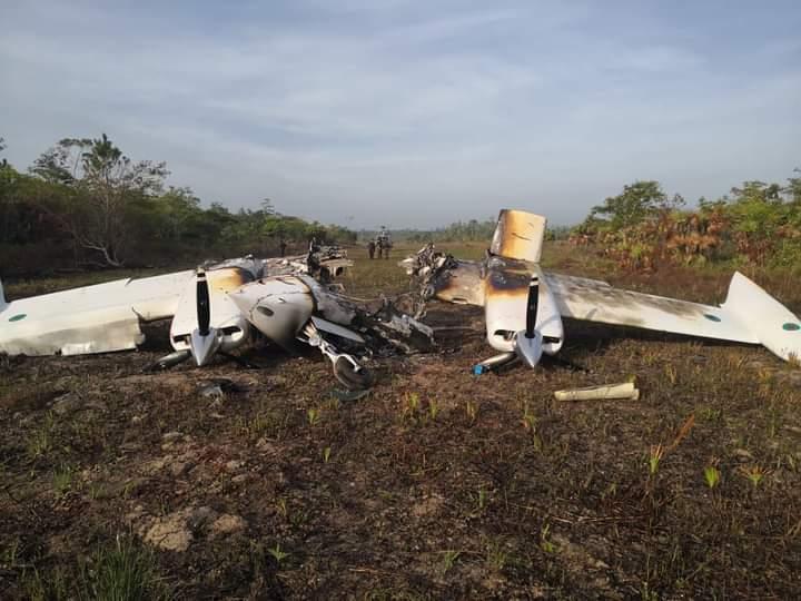 Aseguran supuesta narcoavioneta accidentada en Llanos de puno, Gracias a Dios