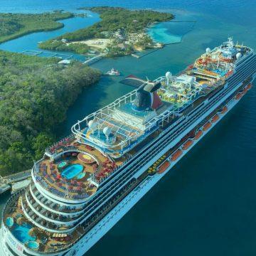 El primer crucero con turistas arriba a Roatán desde que a Honduras entró la pandemia