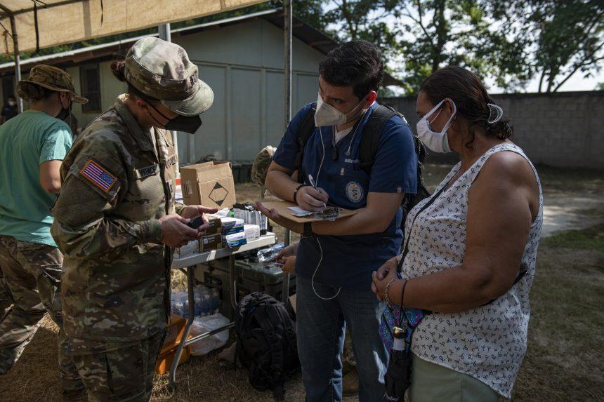 Fuerza de Tarea Conjunta Bravo realiza Compromiso Global de Salud en el departamento de Cortés